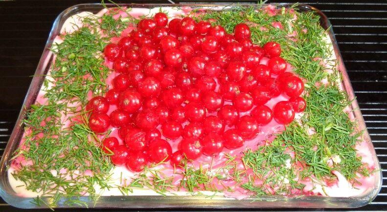 Оливье с курицей – классические рецепты салатов к Новому 2020 году